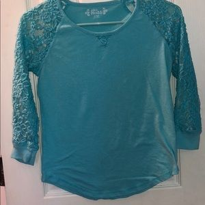 Blue Lace 3/4 sleeve top